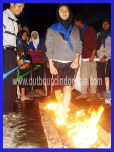 Fire Walking SMAN 1 Jombang