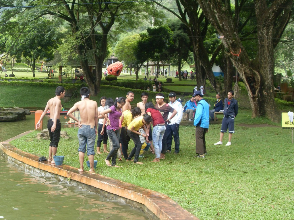 Outbound di Tirta Nirwana Songgoriti