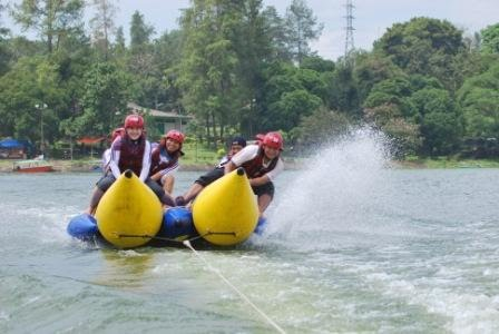 Fun Game di Waduk Selorejo Ngantang