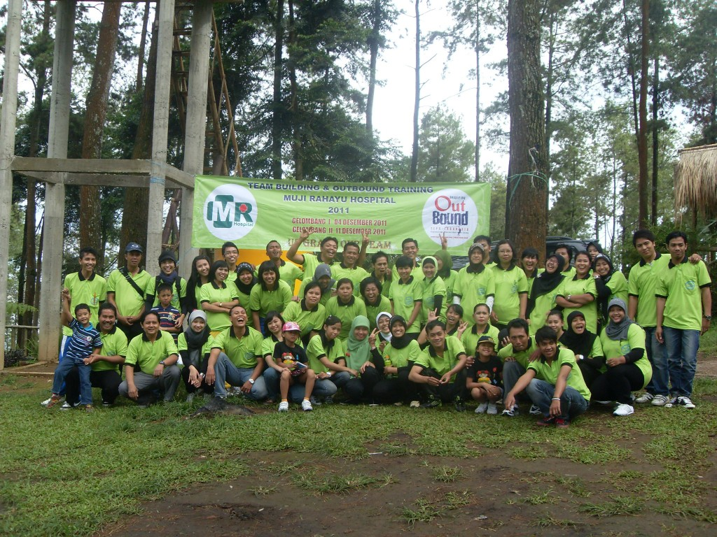 Outbound di Pacet RS Mujirahayu Surabaya