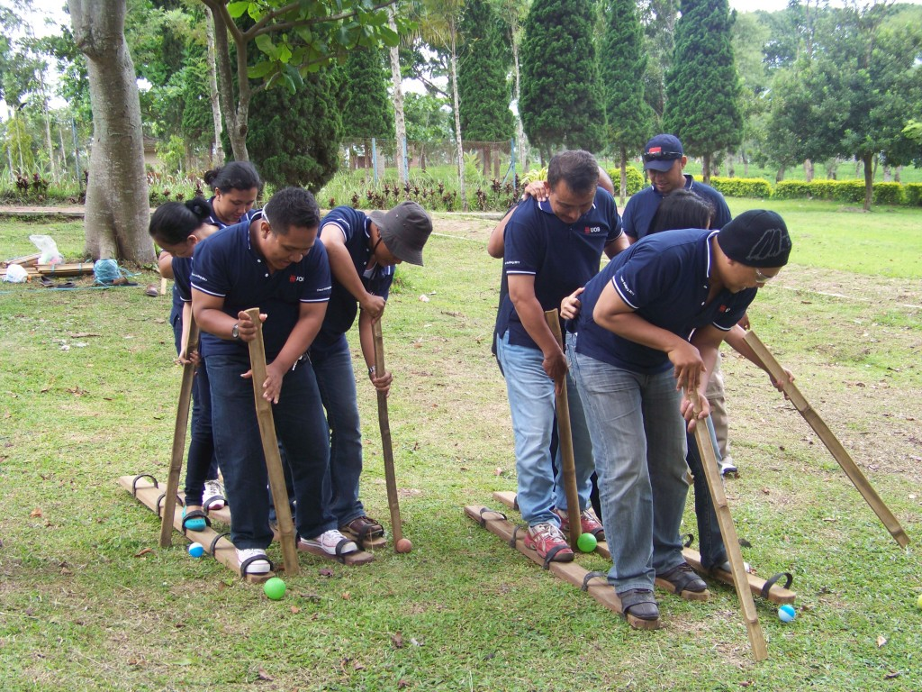 Hole in Five, Outbound Bank OUB Surabaya