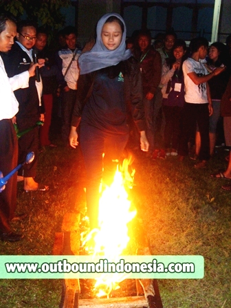 Fire Walking, PT. Reska Surabaya