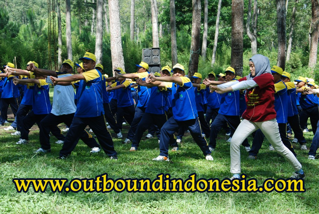 OUTBOUND MEMBANGUN BUDAYA PATUH ATURAN UNTUK MEWUJUDKAN PDAM KABUPATEN MALANG GELOMBANG 3 YANG LEBIH BAIK DI COBAN RONDO BATU, www.outboundindonesia.com, 081 334 664 876