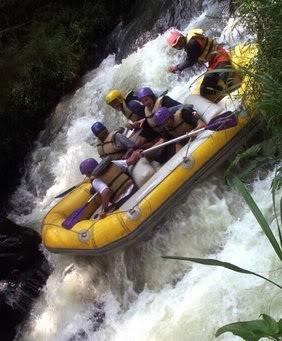 Rafting Citarik, www.outboundindonesia.com, 081334664876