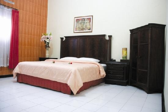 hotel trio indah 2 malang, www.outboundindonesia.com, 081334664876