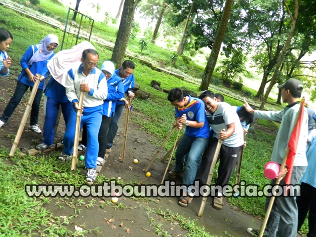 OUTBOUND TEAM BUILDING DINKES KOTA BATU DI WISATA WADUK SELOREJO MALANG, www.outboundindonesia.com, 085755059965