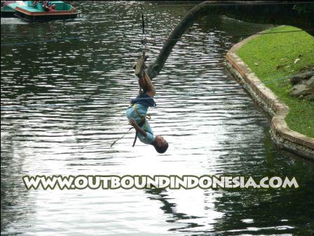 outbound di malang, www.outboundindonesia.com, 085 755 059 965