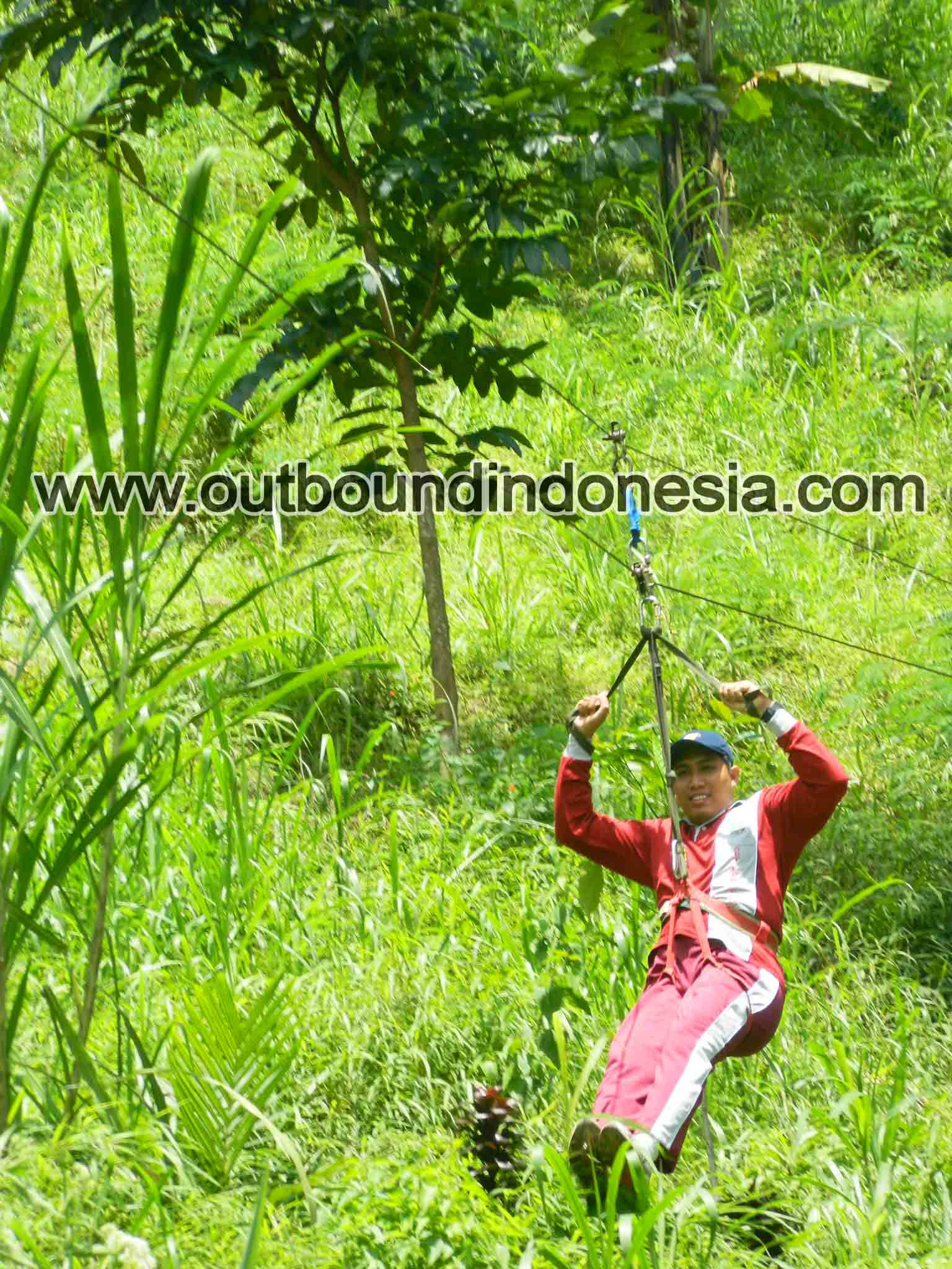 flying fox di malang, http://www.outboundindonesia.com, 081 287 000 995