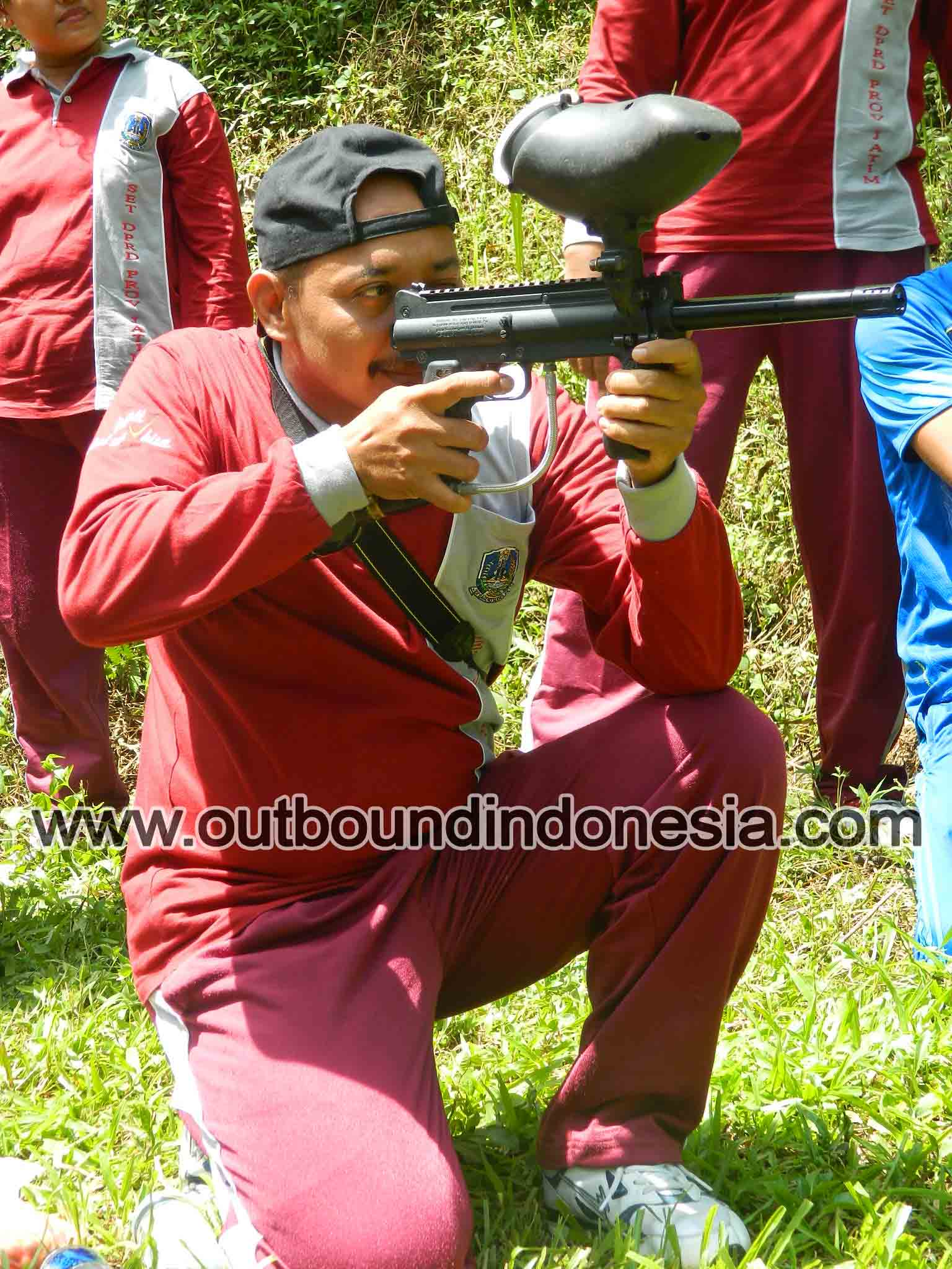 Paintball di trawas, http://www.outboundindonesia.com, 081 287 000 995