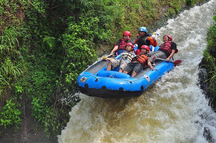 Kasembon Rafting, www.outboundindonesia.com, 085755059965