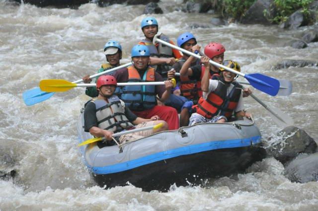 Kasembon Rafting Malang, www.outboundindonesia.com, 085755059965
