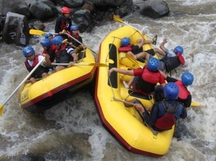 sahabat air rafting di batu malang, www.outboundindonesia.com, 085755059965