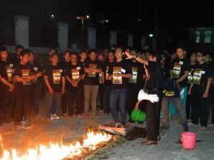 Fire Walking Tawangmangu, www.outboundindonesia.com, 085755059965
