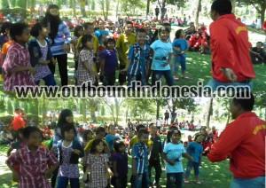 fun games di kebun teh, www.outboundindonesia.com, 085755059965