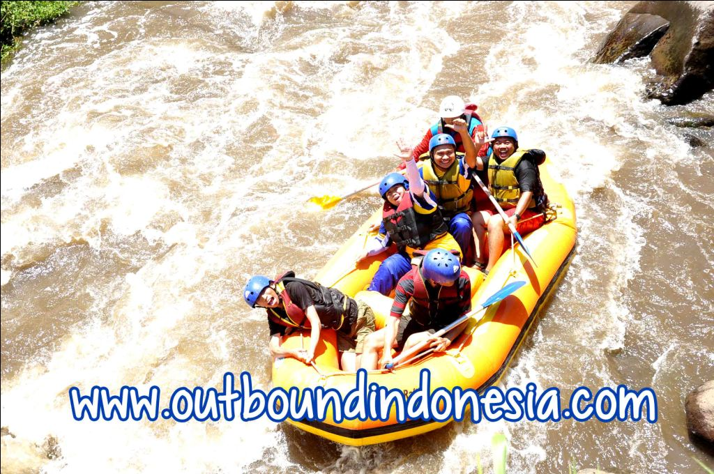 rafting malang, www.outboundindonesia.com, 087 836 152 078