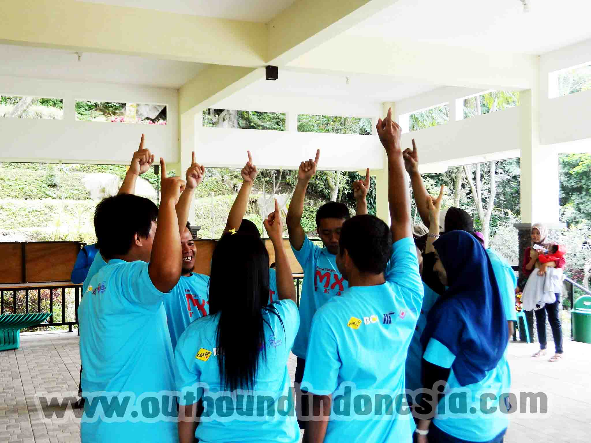 family gathering, www.outboundindonesia.com, 0341 5425754